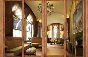 cửa thủy lực khung gỗ